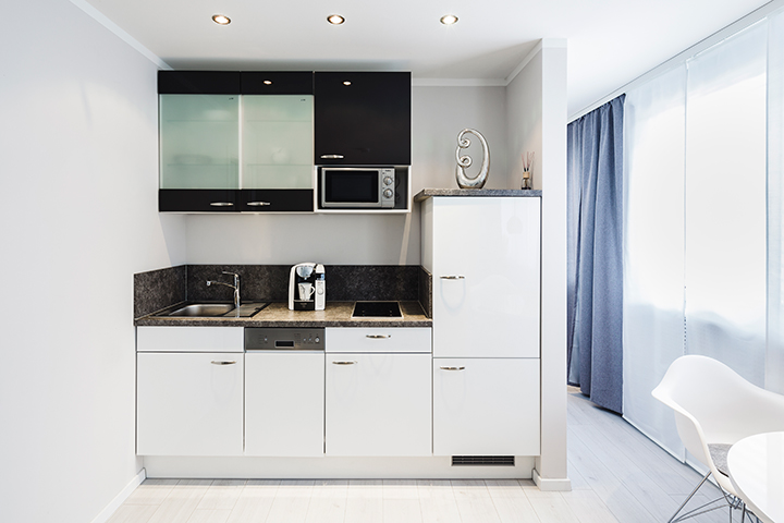 kettenhofweg 126: jetzt apartment auf zeit in frankfurt buchen. - Apartment Küche